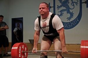 Jewgenij Kondraschow mit 325kg