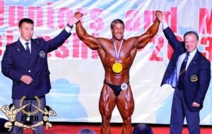 Tim Budesheim ist Gesamtsieger der IFBB Jun. WM 2013 ( Foto: IFBB.com)