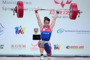 Die Siegerin der Klasse bis 58kg : Hsing-Chun Kuo mit 133 kg im Stoßen ( Foto: ( Foto: wwc2013/ LUKASZ GROCHALA / CYFRASPORT)