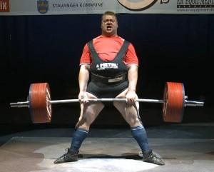 IPF Weltmeister mit neuem Weltrekord im Superschwergewicht: Andrey Konovalov aus Russland erreicht 1187,5 kg im Dreikampf ( Foto mit freundlicher Genehmigung von Wim Wamsteeker)