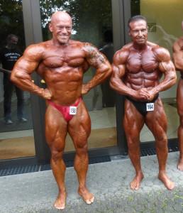 Ralf Szesny mit Bodybuilding-Legende Thomas Scheu während der kurzen Pause   (Foto : BMS Sporternährung)