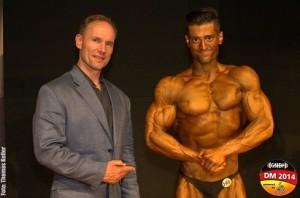 GNBF e.V. Gründer Berend Breitenstein mit dem Gesamtsieger der 11. Deutschen Natural Bodybuilding Meisterschaft SEPEHR BAHADORI ( Foto: gnbf.de / Thomas Keller - Musclevideo-)