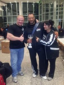 Mit Trainer Roland Cziurlok und dessen Frau