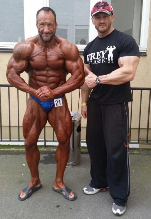 Sergej mit Alexej Kauz nach dem Triumph in Offenbach ( Foto: A.Kauz)